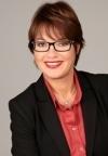 Tanja Bögner ist Vorstandsassistentin, Dipl. Fremdsprachliche Management Assistentin, Referentin und Trainerin für Office Professionals